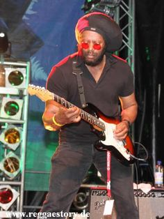 Tosh Meets Marley - Vince Black - Reggae Jam 2012