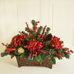 Christmas Flower Arrangements, Christmas Table Centerpieces, Christmas Flowers, Silk Flower Arrangements, Christmas Wreaths, Christmas Crafts, Christmas Decorations, Holiday Decor, Holiday Ideas