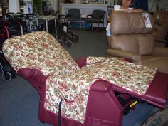 Waterproof Recliner Cover u0026 Pockets (No directions or tutorial but I love this idea out & Burgundy Fleece Recliner Cover | Just a Few of my Favorite Things ... islam-shia.org