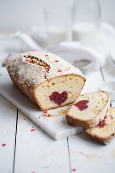Heart Pound Cake (in Russian) Pound Cake Recipes, Cupcake Recipes, Cupcake Cakes, Dessert Recipes, Cupcakes, Pound Cakes, Pavlova, Gateaux Cake, Love Cake
