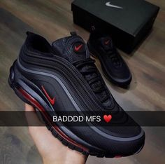 Fashion sneakers from your own favored brands at Legendary Footwear apparel! Hype Shoes, Women's Shoes, Me Too Shoes, Shoe Boots, Shoes Sneakers, Black Shoes, Girls Sneakers, Sneakers Mode, Sneakers Fashion