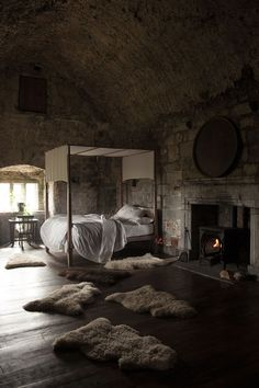 Bedroom at Ballyportry Castle, County Clare, Ireland. Wouldn't it be fun to spend a night in a castle? :)