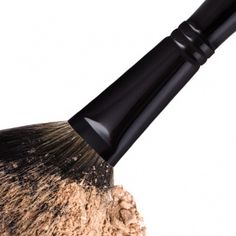 Powder Brush Fm Cosmetics, Fragrance, How To Apply, Make Up, Racoon, Skin Care, Powder, Strong, Shape