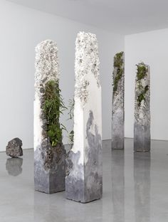 Jamie North creates magnificent sculptures made out of cement, stone, marble, plants and moss. Evoking the feeling of remaining monuments of a long forgotten civilization.