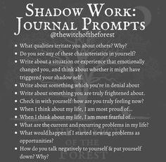 Daily Journal Prompts, Work Journal, Writing Therapy, Journaling, Journal Questions, Therapy Journal, Mental And Emotional Health, Thing 1, Self Care Activities