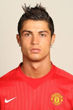The Nude Photo Of Cristiano Ronaldo We've All Been Waiting For Cristiano Ronaldo 7, Cristiano Ronaldo Wallpapers, Ronaldo Soccer Player, Good Soccer Players, Best Short Haircuts, Haircuts For Men, Ronaldo Photos, Hot Hair Styles, Gorgeous Eyes