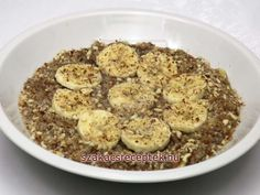 Mandľová pohánka s banánmi Quinoa, Dog Food Recipes, Oatmeal, Paleo, Breakfast, Bulgur, The Oatmeal, Morning Coffee, Rolled Oats