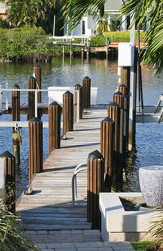 Pennock Point features a very desirable waterfront setting! http://www.waterfront-properties.com/jupiterpennockpoint.php