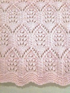 Ravelry: Eugen Beugler tarafından Dantel Plumes Bebek Battaniye model Proje Galerisi lot of people Lace Plumes Baby Blanket pattern by Eugen Beugler Lace Knitting Patterns, Knitting Stiches, Knitting Charts, Lace Patterns, Baby Knitting, Stitch Patterns, Free Knitting, Crochet Stitches, Free Crochet