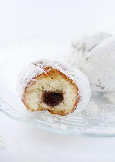 homemade jelly doughnuts   heathersfrenchpress.com #doughnuts