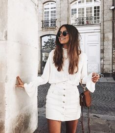 Pin by brianna smith on *you can never be overdressed* офисн Fashion Week, Look Fashion, Fashion Outfits, Womens Fashion, Fashion Trends, Fashion Mode, Fashion Bloggers, Retro Fashion, Fashion Tips