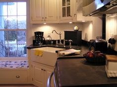 Shirley Corwin - traditional - kitchen - other metro - Shirley Corwin