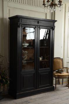 フランス インテリア フレンチ 家具 黒 ブラック キャビネット インテリア コーディネート アンティーク antique furniture interior french france black noire coordinate decoration