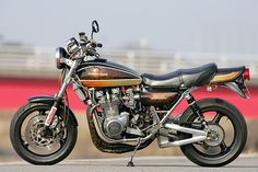 Racing Cafè: Kawasaki Z1 900 Special #2