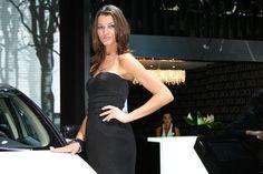美容、パリモーターショー2008(写真やビデオ)で熱い女の子 それはあなたの自動車の世界::新しい車、自動車ニュース、レビュー、写真、ビデオ...