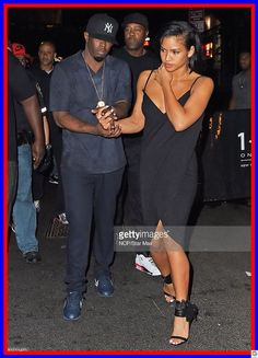 Sean Diddy Combs and Cassie Ventura are seen leaving 1 OAK Nightclub on August 2015 in New York City. Cute Couples Goals, Couple Goals, Adorable Couples, P Diddy And Cassie, Sean Diddy Combs, Cassie Ventura, Date Dresses, Celebs, Celebrities