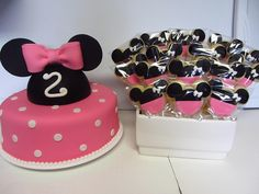 minnie mouse cake and cookies | Flickr - Photo Sharing!