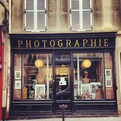 Rue Des Batignolles, by louisrobr