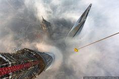 escalade de la grue de la tour de shanghai 2   Escalade de la grue de la tour de Shanghai [video]   video Vadim Makharov tour Shanghai Rital...