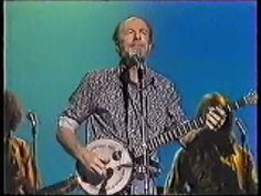Pete Seeger/Arlo Guthrie - You gotta walk that lonesome valley. Rest in peace, Pete. 1/27/14