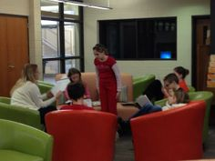 Small group study in our new library furniture. #iowatl pic.twitter.com/UmWwInw4aa