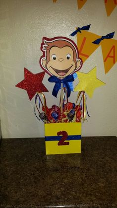 Curious George centerpiece Monkey Birthday, Baby Girl First Birthday, 1st Boy Birthday, Birthday Ideas, Curious George Party, Curious George Birthday, 100 Day Celebration, Carnival Birthday Parties, Party Themes