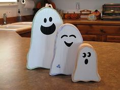 Green Eyed Girl Crafts...: Ghost Family...