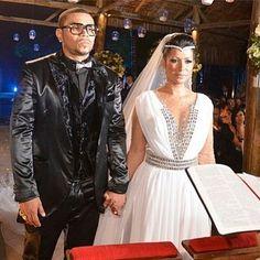 Casamento do cantor Naldo com a dançarina Mulher Moranguinho.