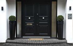 22 portas de madeira lindas para se inspirar e ter em casa (De Nicole Nunes)