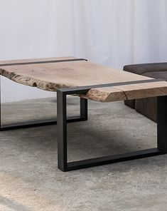 Welded Furniture, Table Furniture, Furniture Design, Wood Table Design, Chair Design, Flat Ideas, Steel Table, Loft Design, Table Legs