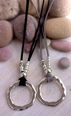 Ring necklace Leather Eyeglass Necklace Loop Silver Circle Necklace Big Circle Pendant Boho style Lanyard for sunglasses Women accessories - Jewelry - Leather Necklace, Boho Necklace, Ring Necklace, Leather Jewelry, Boho Jewelry, Beaded Jewelry, Jewelry Design, Women Jewelry, Beaded Bracelets