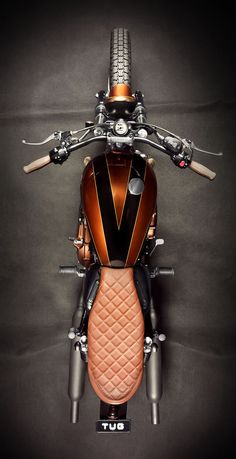Triumph Bonneville EFI by Ton-up Garage | Moto Rivista