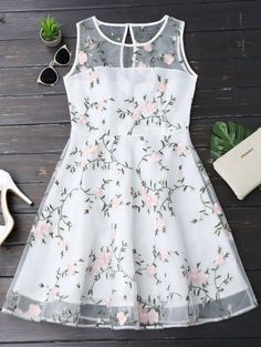 Floral Patched Sleeveless Organza Dress - White S Girls Frock Design, Kids Frocks Design, Baby Frocks Designs, Baby Dress Design, Frocks For Girls, Dresses Kids Girl, Kids Outfits, Ladies Day Dresses, Baby Outfits
