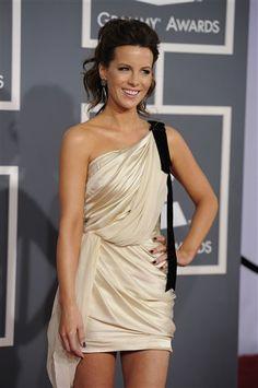 She's just tooooo gorgeous!