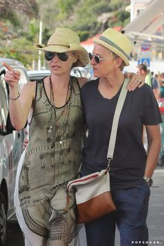 Pin for Later: Ellen DeGeneres and Portia de Rossi Look So in Love During Their Christmas Vacation