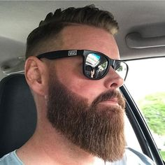 Beard Styles 770819292452264354 - Source by Beard Game, Epic Beard, Great Beards, Awesome Beards, Beard Styles For Men, Hair And Beard Styles, Barba Grande, Beard Cuts