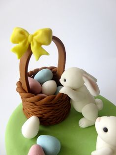 adorable bunnies, eggs, basket - tutorial