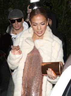 Picture of Jennifer Lopez J Lo Fashion, Fashion Design, Pictures Of Jennifer Lopez, American Actress, Dancer, Fur Coat, Celebs, Actresses, Idol