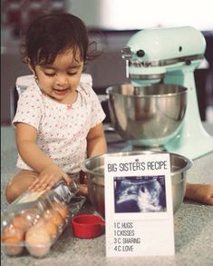 These 24 sibling pregnancy announcements are so cute, and so creative! They are … These 24 sibling pregnancy announcements are so cute, and so creative! They are great picture ideas to announce a pregnancy using older siblings! Baby Number 2 Announcement, Second Baby Announcements, Big Sister Announcement, Sibling Pregnancy Announcements, Sibling Pregnancy Reveal, Gender Reveal For Siblings, Announce Pregnancy, Big Sister Reveal, Easter Pregnancy Announcement