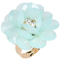 Dettagli Ring ($26) ❤ liked on Polyvore featuring jewelry, rings, light green, rhinestone jewelry and rhinestone rings