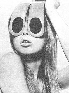 Pattie Boyd modeling