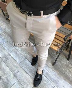 İtalyan kesim slim fit likralı krem renk erkek kumaş pantolon T2371 Mens Fashion Wear, Grey Fashion, Gq Mens Style, Formal Men Outfit, Cool Outfits, Casual Outfits, Moda Casual, Outfit Grid, Fashion Images