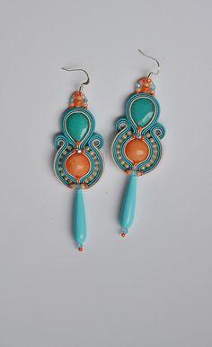 St Tropez - long light soutache boho earrings in salmon and light turquoise, pendientes soutache, orecchini soutache, boucles d'oreilles