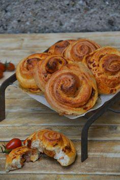 La Cucina di Stagione: Girelle di pan mozzarella, pomodoro e filetti di a...