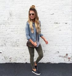 Here is Legging Outfits Ideas for you. Legging Outfits Ideas outfit ideas with tights 2020 fashionmakestrends. Cute Outfits With Leggings, Cute Leggings, Green Leggings, Casual Leggings Outfit, Cheap Leggings, Cute Jean Jacket Outfits, Gray Jeans Outfit, Olive Pants Outfit, Khaki Jeans