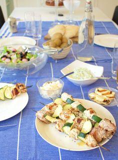 Hämmentäjä: Greek barbecue dinner. Kreikkalainen grilli-illallinen