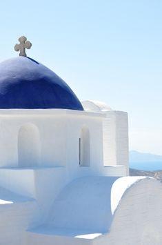 Greece Travel Inspiration - Church in Cyclades, Paros Island, Greece Mykonos, Arte Sharpie, Paros Greece, Greek Blue, Paros Island, Greece Islands, Kirchen, Greece Travel, Beautiful Islands
