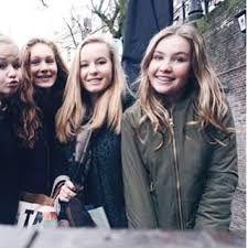 Joy met haar vriendinnen!! ❤️