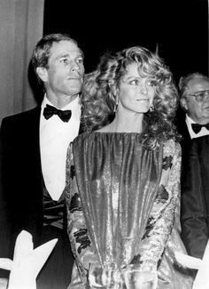 May, 1982 Ryan O'Neal y Farrah. YES!!!