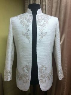 Www.barongdecalado.com // for a more modern barong tagalog Barong Tagalog Wedding, Barong Wedding, Filipiniana Wedding Theme, Wedding Outfits For Groom, Wedding Suits, Vietnamese Traditional Dress, Traditional Dresses, Indian Men Fashion, Wedding Costumes